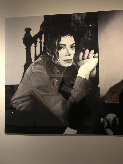 Michael alone On The Wall Exibition Paris
